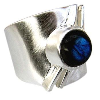 R 592L Ring